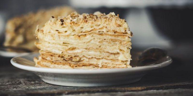 простой торт со сгущенкой